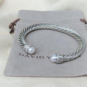 David Y Pearl Diamond Crossover Bangle 7mm Cable